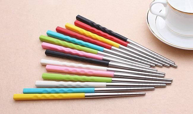 Nên dùng đũa bằng chất liệu gì?