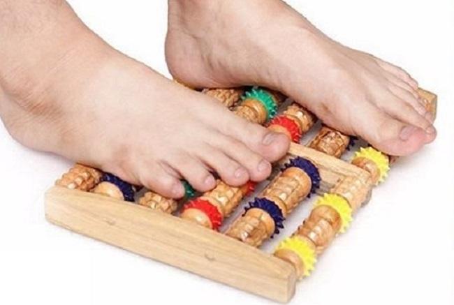 Tác dụng tuyệt vời của dụng cụ massage chân bằng gỗ